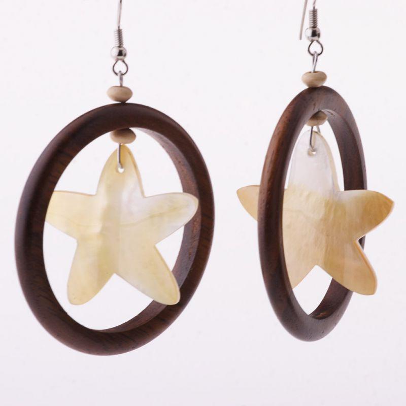 Muschel-Ohrringe Das Glitzern eines Sterns