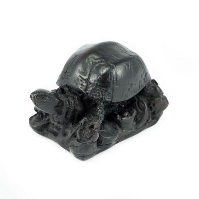 Figur Kleine Schildkröte mit einer Basis