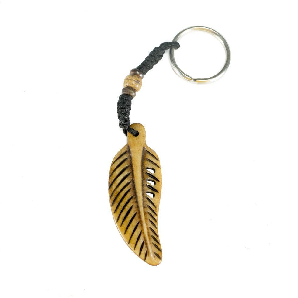 Knochenschlüsselanhänger Bone feather - brown