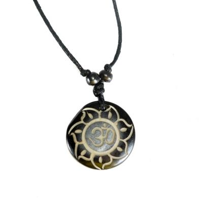 Pendant Om di bunga teratai hitam, simple