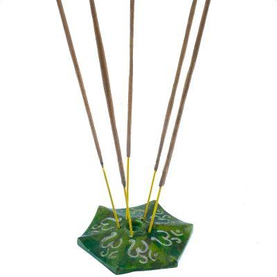 Räucherstäbchenhalter Om - grün
