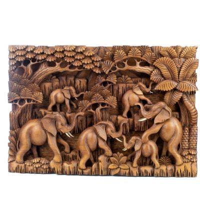 Holzschnitzerei Elefantenherde im Wald