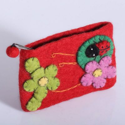 Kleine Geldbörse mit einem Marienkäfer